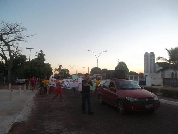 Professores de Cristalândia pedem a efetivação do Plano de Cargos, Carreiras e Salários (Foto: Divulgação)