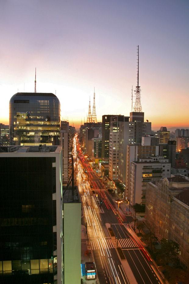 Avenida Paulista, S?o Paulo, Brasil, p?r do Sol (Foto: Getty Images/iStockphoto)