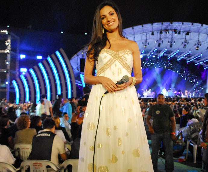 Patrícia Poeta no Especial Roberto Carlos (Foto: Tv Globo)