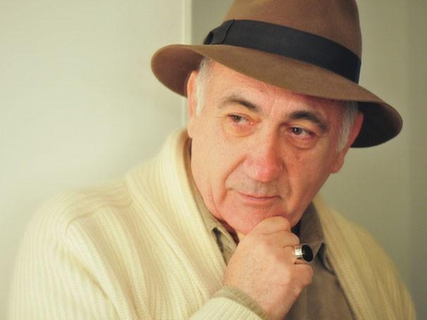 José Possi Neto estreou no teatro com o espetáculo 'A Casa de Bernarda Alba' (Foto: Caio Galluci)
