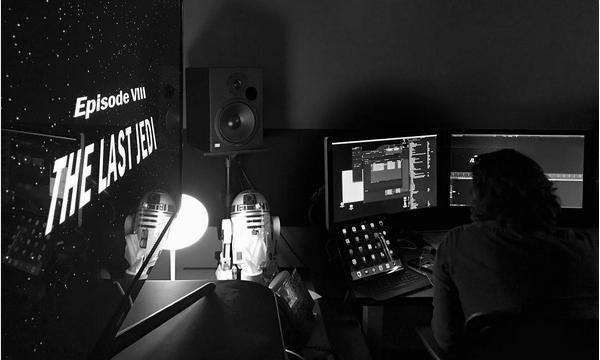 O diretor Rian Johnson na sala de edição de 'Star Wars: Episódio VIII' (Foto: Instagram)