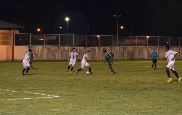 Real e Baré se deram bem na terceira rodada do Campeonato Roraimense de Futebol Sub-20 (Foto: Nailson Almeida/GLOBOESPORTE.COM)