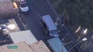 Ônibus e van batem na Avenifa José Cândido da Silveira, em BH