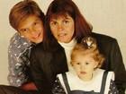 Bárbara Evans mostra foto antiga com a família