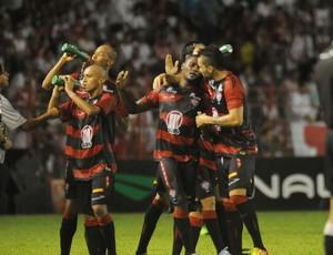 Náutico x Vitória (Foto: Aldo Carneiro/ Pernambuco Press)