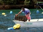 Proibição da venda e consumo de moluscos completa uma semana