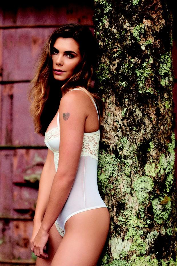 Letícia Datena na Playboy (Foto: Hick Duarte/Divulgação Playboy)