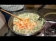 Aprenda a fazer risoto de mariscos com cachaça de jambu com mel