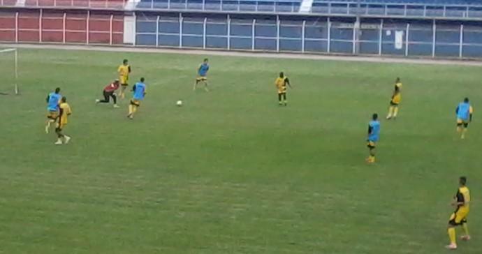 Friburguense retornou aos treinamentos em Nova Friburgo (Foto: Felipe Basilio)