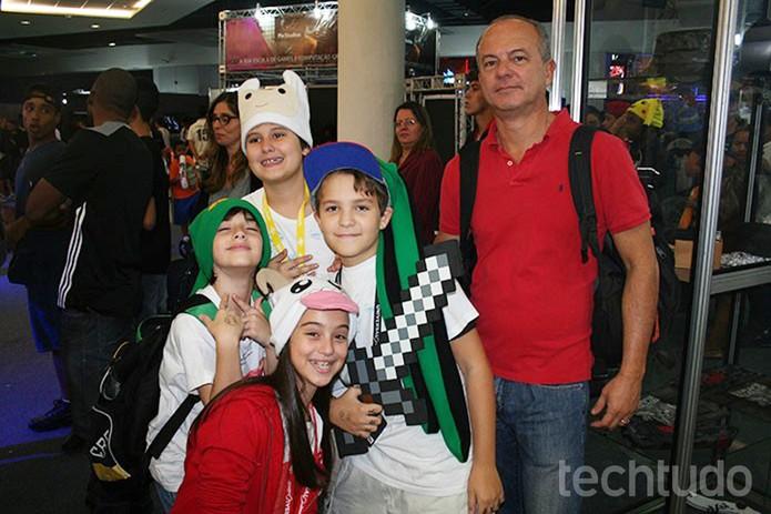 Roberto Motta veio com o filho João, de 11 anos (Foto: Felipe Vinha/TechTudo)