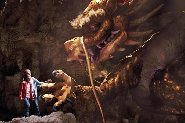 """""""O Dragão Dourado"""" acompanha a ida do jovem Josh para um sítio arqueológico na China (Foto: Divulgação)"""