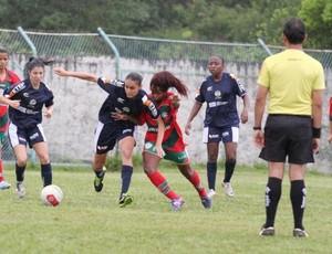 Mogi das Cruzes x São José dos Campos Futebol feminino Jogos Abertos 2013 (Foto: Divulgação / PMMC)