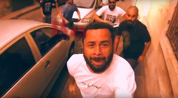 Playmobille faz graça no clipe de 'A Dança' (Foto: Reprodução Internet)