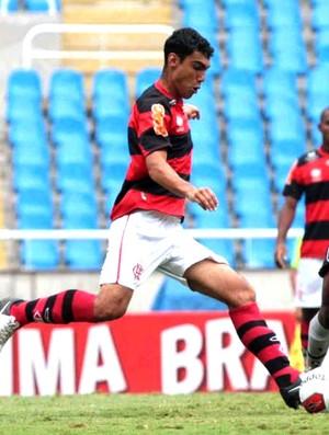 Fernando zagueiro do Flamengo (Foto: Divulgação)