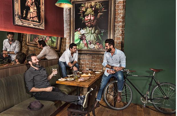 Alê D'Agostino, Rodrigo Queiroz e  Renato Calixto (Foto: Paulo Vitale)