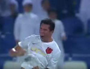BLOG: Ex-Fla, volante Cáceres garante vitória e liderança do Al Rayyan no Catar; veja gol