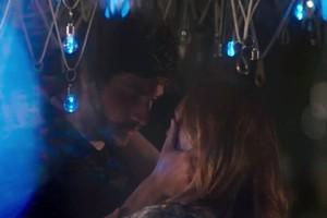A noite de amor vai marcar a vida dos dois (Foto: TV Globo)