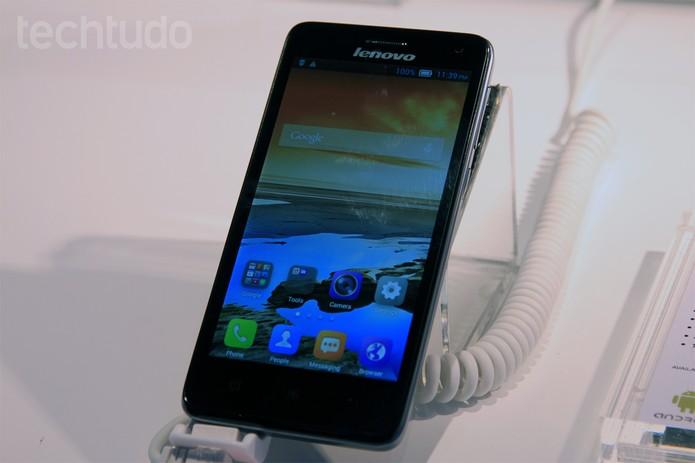 Novos aparelhos da série S da Lenovo (Foto: Isadora Diaz \ TechTudo)