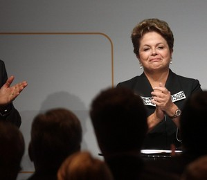 'Tenho certeza de que a Copa será uma festa', diz Dilma