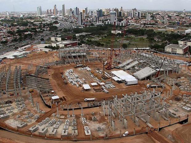 Arena das Dunas, em Natal, é a mais atrasada entre os estádios da Copa do Mundo da FIFA 2014 (Foto: Canindé Soares/G1)