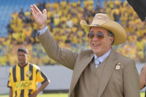 Tony Ramos em cena como Reinaldo (Foto: Zé Paulo Cardeal/TV Globo)