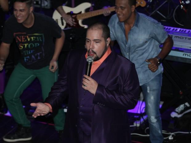 Tiago Abravanel em show em São Paulo (Foto: Amauri Nehn/ Foto Rio News)