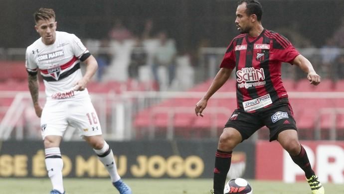 Volante Simião, Ituano x São Paulo - Campeonato Paulista 2017 (Foto: Miguel Schincariol/ Ituano FC)
