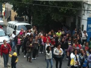 Valença manifestação protesto (Foto: Isabelle Saleme/TV Rio Sul)