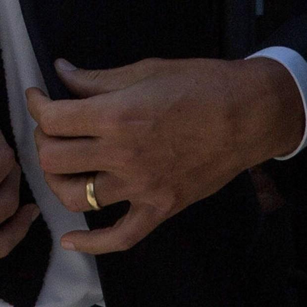 Detalhe da aliança de Tom Brady (Foto: Getty Images)
