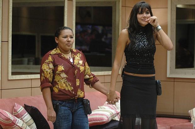 Mariana Felício com Mara na final do BBB6 (Foto: Globo/Kiko Cabral)