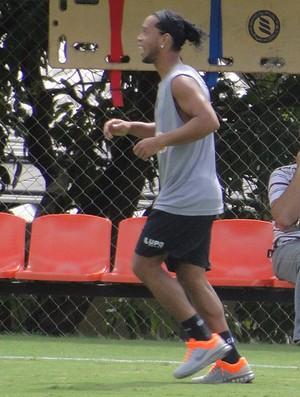 Ronaldinho Gaúcho treino do Atlético-MG (Foto: Fernando Martins)