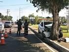 Tenente do Exército morre após carro colidir contra árvore em Manaus