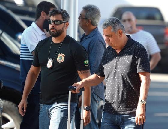 Deputado estadual Jorge Picciani chegando na Polícia Federal. Operação Cadeia Velha (Foto: Pablo Jacob / Agência O Globo)