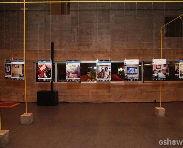 Fotos que decoram a festa são de internautas assistindo ao programa na TV (Foto: Carol Caminha/TV Globo)
