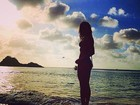 Grazi Massafera posta foto de biquíni na web e ganha elogios: 'Linda'