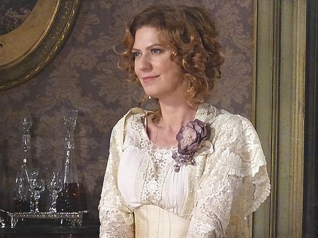 A ex-baronesa avisa à Isabel que não vai desistir de Elias (Foto: Lado a Lado / TV Globo)