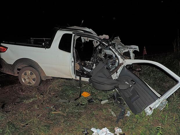 Acidente ocorreu na BR-242, na região oeste da Bahia. (Foto: Sigi Vilares/Blog do Sigi Vilares)
