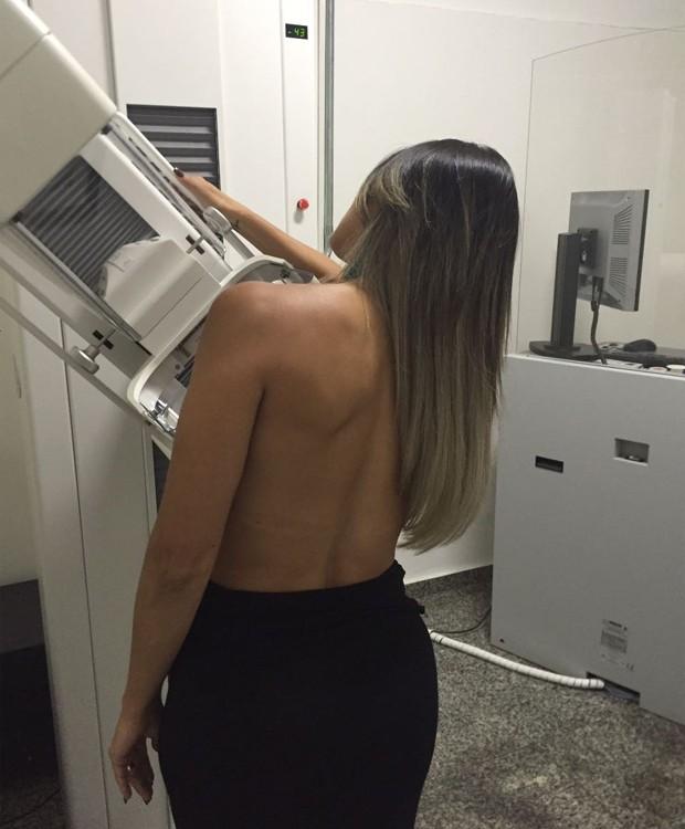Fabiana Teixeira faz exames preventivos (Foto: Divulgação)