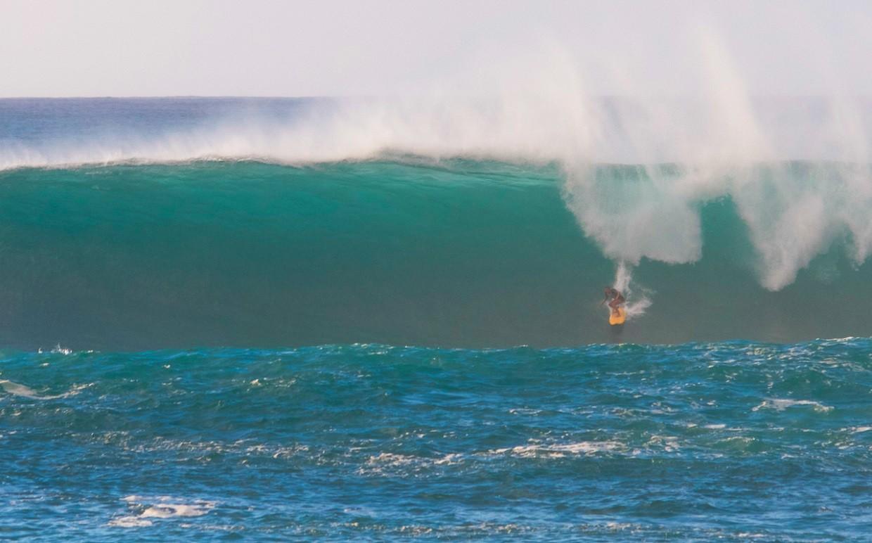 Nicole Pacelli agora pretende treinar para o Big Wave Tour (Foto: Divulgao)