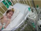 Criança com doença rara recebe aparelho para auxiliar na respiração