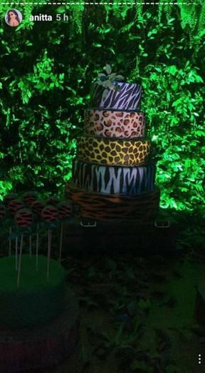 Bolo do aniversário da Anitta (Foto: Reprodução/ Instagram)