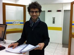 Eliezer Levi da Cruz, de 21 anos, quer estudar cinema (Foto: Vanessa Fajardo/ G1)