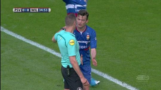 """Após ser """"dedurado"""" em clássico, PSV vence com ajuda de ausência da tecnologia"""