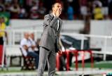 """Milton Mendes destaca """"paciência"""" do Santa Cruz para vencer o Cruzeiro"""