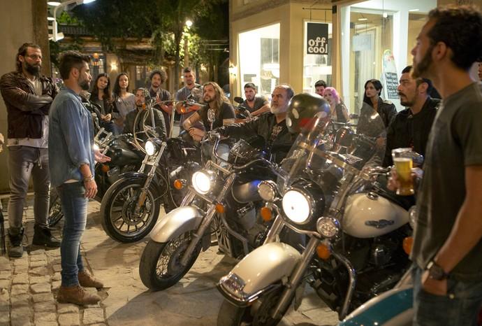 Mario convoca motociclistas para ajudar comunidade carente (Foto: Ellen Soares / Gshow)