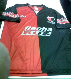 Camisa Cólon Argentina (Foto: Reprodução / Facebook)