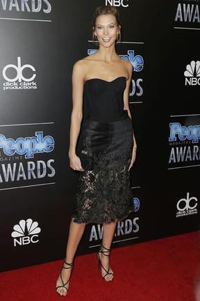 Karlie Kloss em prêmio em Los Angeles, nos Estados Unidos (Foto: Danny Moloshok/ Reuters)