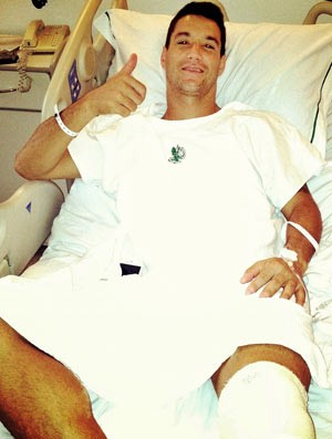 Thiago Neves no Hospita (Foto: Divulgação)