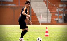 Bruno Gissoni se inspira no irmão, jogador de futebol, para viver Iran