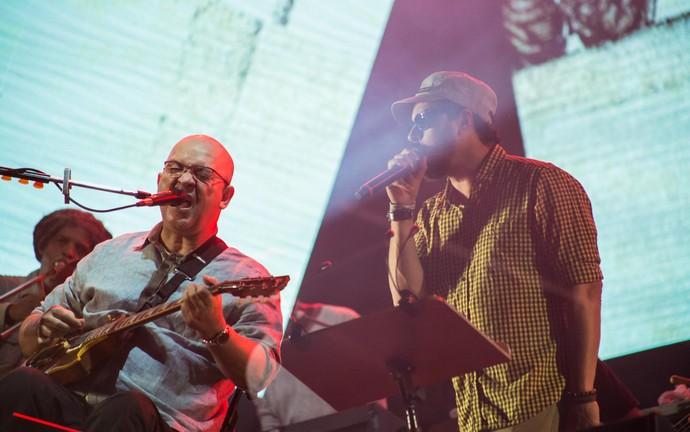 Paralamas e Nação Zumbi cantam juntos no João Rock 2016 (Foto: Mateus Rigola/Gshow)